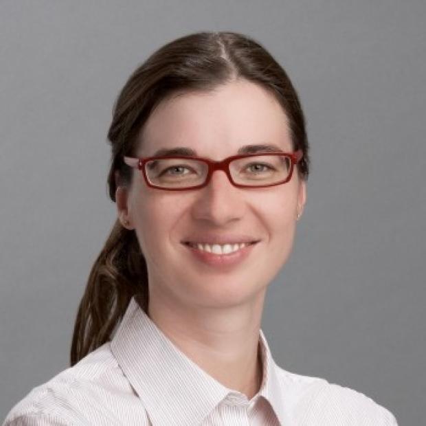 Dr. Claudia Mueller